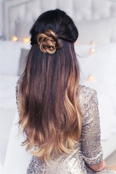 20 Pretty Hairstyles for Long Hair   http://www.meetthebestyou.com/20-pretty-hairstyles-for-long-hair/
