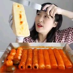 Asmr, Satisfying Video, Satisfying Things, Food Vids, Cake Truffles, Mini Fridge, Cooking Videos, Dessert Recipes, Desserts