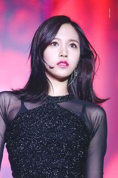 twice ♡ mina Nayeon, Kpop Girl Groups, Korean Girl Groups, Kpop Girls, Wendy Son, The Band, Warner Music, Sana Momo, Myoui Mina