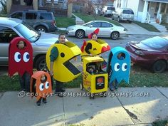 Our Homemade Pacman Famliy Costumes... Coolest Halloween Costume Contest