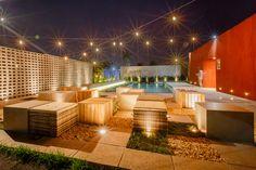 Elemental Módulo #paisagismo #piscina #luz #externa #lazer #bancos #arquitetura #decor