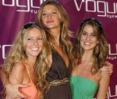 Gisele Bundchen with her sisters Gabriela and Rafaela Bundchen