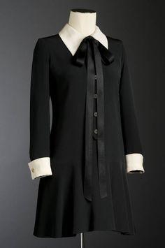 """Minirobe """" La Pérouse """" modèle Yves St-Laurent, printemps-été 1969 Musée du Costume et de la Dentelle"""