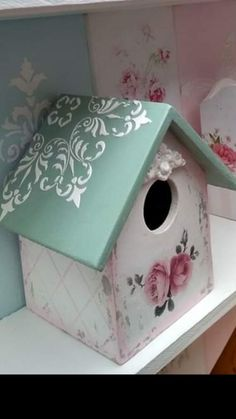 Diy And Crafts, Arts And Crafts, Decoupage Vintage, Wooden Projects, Tole Painting, Wood Boxes, Shabby Chic Decor, Bird Houses, Crafty