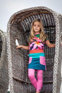 4funkyflavours Mädchen T-Shirt, Photograph 44,95€ www.frohtag.de