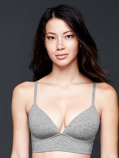Breathe wireless pullover bra | Gap