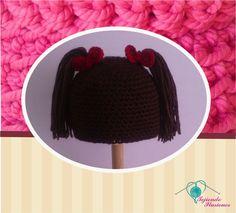 Modelo N° 48: Muñequita, gorrito en forma de peluca de muñeca tejido a crochet