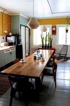 Riuttala Old School Yellow Kitchen Decor, Dining Room, Dining Table, Sweet Home Alabama, Interior Decorating, Interior Design, Household, Home And Garden, Kitchens