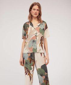 Camisa palm - Pijamas - Pijamas y homewear Girly Outfits, Fashion Outfits, Womens Fashion, Printed Blouse, Printed Shirts, Night Suit, Work Casual, Fashion Prints, Lounge Wear