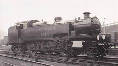 SR W Class steam locomotive class – Lost Class Southern Trains, Work Train, Southern Railways, Steam Railway, Railroad Photography, Railway Posters, Engine Types, Steam Engine, Steam Locomotive