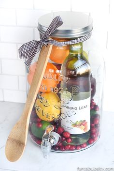 82b27c4a9cdf1 14 Best Gift Baskets! images