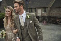 Tibberton A brown Tweed suit available with matching waistcoat. Wool, quality Tweed cloth Fitted design Available in adult and boys sizes Grey Tweed Wedding Suit, Brown Suit Wedding, Wedding Suit Hire, Vintage Wedding Suits, Brown Tweed Suit, Tweed Suits, Groom Outfit, Groom Attire, Tweed Groom