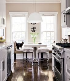 Toronto designer Elle Jungkind cooks up a visual feast in her own kitchen that speaks to both traditional and modern sensibilities.