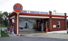 vintage gas stations | Old Gas Station