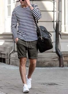 Inspiring men's summer outfits to copy (9)