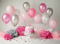One year cake smash set up.gretchenennis… One year cake smash set up. Smash Cake Girl, 1st Birthday Cake Smash, Baby Girl First Birthday, Smash Cakes, Happy Birthday, Cake Smash Photography, Birthday Photography, Fete Audrey, Fete Emma