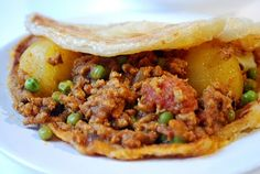 Mince and Pea Cape Malay Curry Veal Recipes, Mince Recipes, Ground Beef Recipes, Curry Recipes, Cooking Recipes, South African Dishes, South African Recipes, Indian Food Recipes, Asian Recipes