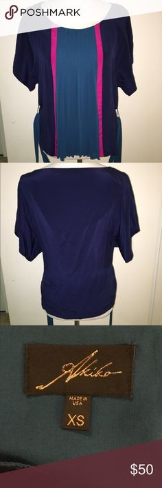 Akiko top Practically new. Great condition! Tops Blouses