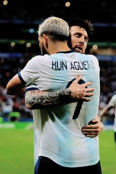 Sergio Agüero of Argentina celebrates the team's second goal with team mate Lionel Messi during the Copa América Brazil 2019 group B match between Qatar and Argentina at Arena do Gremio on June Messi Argentina, Argentina Team, Cristiano Ronaldo Juventus, Messi And Ronaldo, Manchester City Wallpaper, Lionel Messi Wallpapers, Kun Aguero, Soccer Stars, Football Pictures