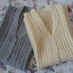 Crochet Stitches Patterns, Baby Knitting Patterns, Knitting Designs, Stitch Patterns, Crochet Baby, Knit Crochet, Knit Vest, Crochet Cardigan, Baby Sweaters