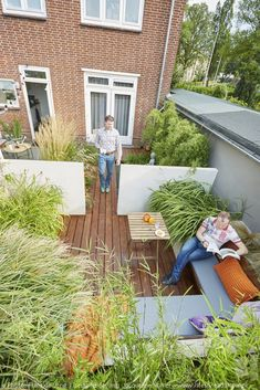 Dutch Gardens, Small Gardens, Urban Garden Design, Garden Architecture, Outdoor Living, Outdoor Decor, Garden Styles, Garden Inspiration, Garden Plants
