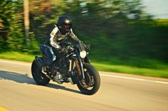 Ducati Monster MS4Rs custom ~ Return of the Cafe Racers