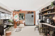 Vtwonen en designbeurs 2015 | Het vtwonen huis • Binti Home Blog | Interieur & lifestyle blog vol stylingtips, DIY's en inspiratie Happy House, Diys, Wall Decor, Lifestyle, Room, Furniture, Home Decor, Studio, Craft
