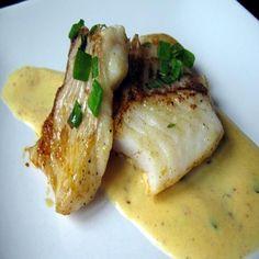 Stekt torsk och syrlig smörsås med apelsindoft | Vinklubben Tre Kronor