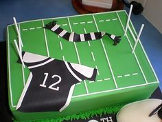 Sugar Siren Cakes Mackay: Magpies Rugby League Cake