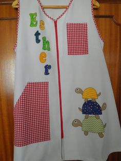 BATAS PARA PROFES: animales Patches, Teaching, Quilts, Aprons, Fashion, Scrappy Quilts, Kids Education, Ideas, Window Boxes