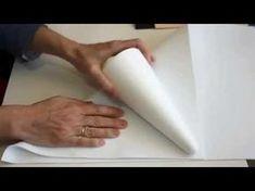 Como hacer fofuchas vestidas de comunión - YouTube