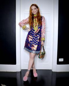 Julia Petit usa look com jeitinho 60's no quarto dia da semana de...