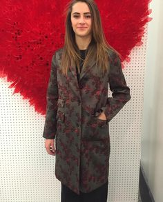 "Donne Vincenti su Instagram: ""Chiara indossa #driesvannoten #donnevincenti #look #style #fashion #musthave #coat #fallwinter2015 #igersmoda #alba #shopping"""