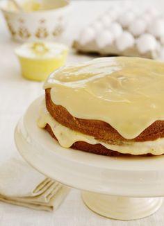 White Boston cream pie