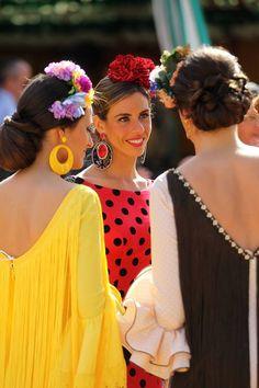 flores de colores vestido amarillo