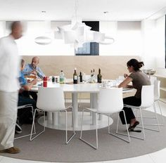 Spaceist supplies modern colourful meeting room chairs for agencies and marketing companies. Arper Furniture, Furniture Design, Corporate Interiors, Office Interiors, Interior Office, Dinning Chairs, Room Chairs, Dining Room, Modern Office Design