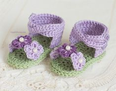 CROCHET PATTERN - English Violet Baby Sandals