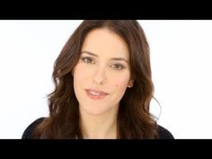 Lisa Eldridge on How to do the Perfection Lumière look - CHANEL Makeup using taupe delicat duo and rose petal
