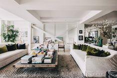 The Nordroom - A Serene Light-Filled Loft Apartment in Soho Soho Loft, New York Studio Apartment, Berlin Apartment, Scandinavian Loft, Scandinavian Apartment, New York Loft, Loft Spaces, Loft Apartments, Artist Loft