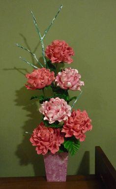 Rosas crespinhas em eva