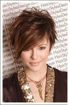 Short haircuts for women .Do you love short hair cuts? We've got all your short hair favorites from layered bobs to crops and pixies. Come on in, and check it out now! Attractive woman with Asymmetrical Choppy Layered Haircut Corte Y Color, Sassy Hair, Curly Hair, Great Hair, Awesome Hair, Pixies, Pretty Hairstyles, Hairstyle Ideas, Layered Hairstyles