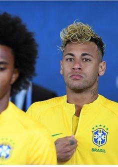 Neymar Football, Neymar Jr, Football Players, Neymar Brazil, Girls Dream, My Boyfriend, Boyfriends, Little Boys, Mustard
