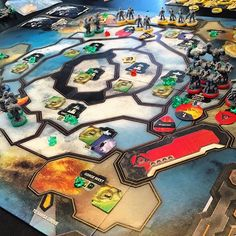 I'm counting down my top 10 games of 2016... number 3 is CRY HAVOC!! This is an asymmetrical area control game where each player takes on a different race and try's to take over the planet and its resources.  #BoardGames #CryHavoc @trzewik