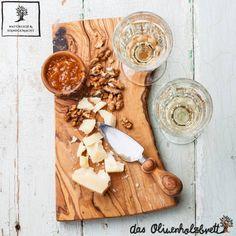 Brotschneidebrett mit krumelfach aus olivenholz holz for Schneidebrett küche
