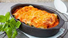 Pasta van de dag: Cannelloni met zalm, ricotta, spinazie en romige tomatensaus | VTM Koken