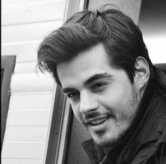 Turkish Men, Turkish Beauty, Turkish Actors, Romantic Songs Video, French Songs, Pop Singers, Best Model, Celebs, Celebrities