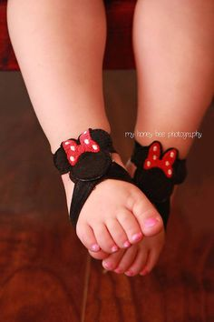 Minnie Mouse Barefoot Sandals Pink or Red by NeedlesKnotsnBows, $8.00
