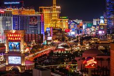 Las Vegas Strip Discount luggage - http://airplane-discount.com/category/travel-store/