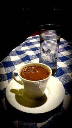 Türk kahvesi - Sakar Zeybek