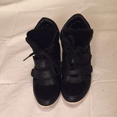 Black wedge sneakers Black Wedge Sneakers! Man made material, good condition. Glaze Shoes Sneakers